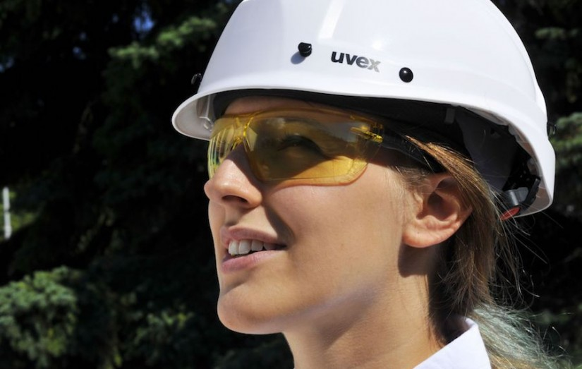 Дизайн, легкость и структурная прочность. Очки uvex икс-фит.