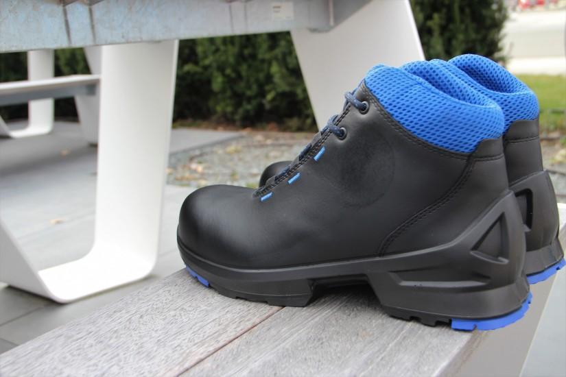Чистка и уход за рабочей обувью