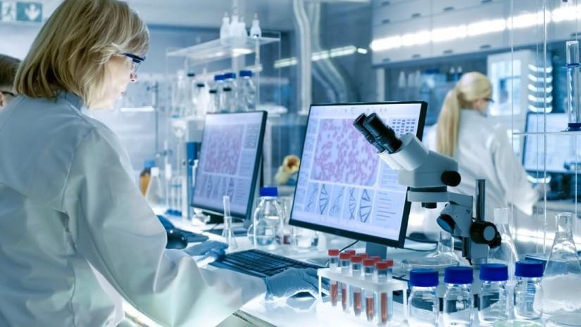 Случай из практики: опасность синего света в лаборатории и как могут помочь защитные очки